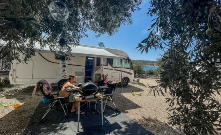 Ruime comfortabele familie camper - Itineo SB740