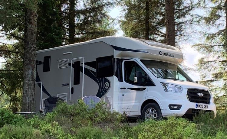 Luxe camper (20 reg) met flexibele ophaal- / inlevertijden