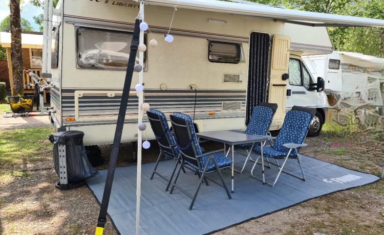 Ruime en complete familie camper voor 4-6 personen