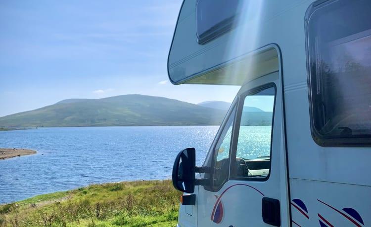 Elvis – Ireland Motorhome - Beautiful 5 berth
