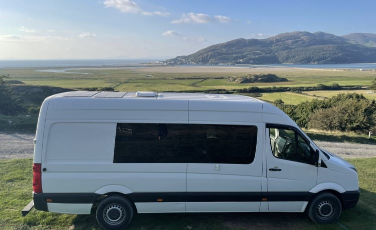 BORIS – BRAND NEW CONVERSION VW CRAFTER LWB