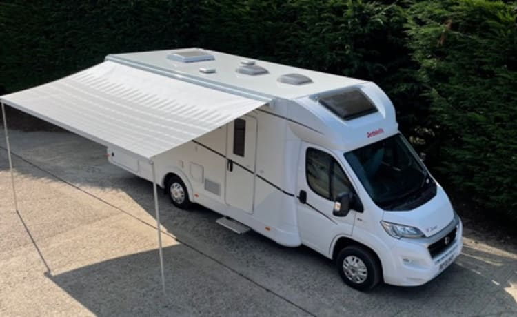 H7 – Fiat Dethleffs Just 90 Ideal family van or 2 couples