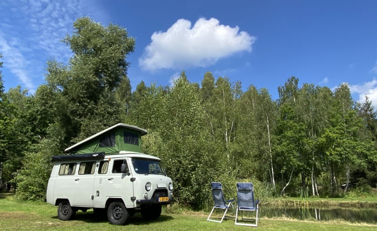 Boris – Avontuur te huur in 4wd (gezins)camper!