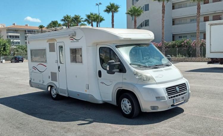 Herbie 53 – Camper aan Spaanse Costa, te huur direkt van Nederlanders