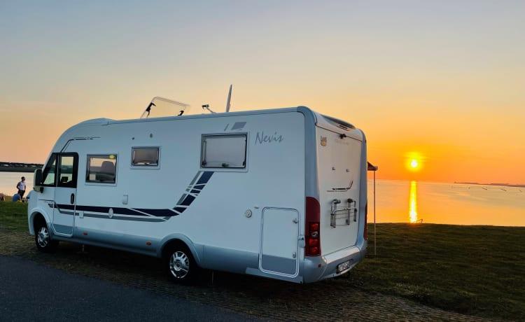 Compleet uitgeruste camper voor een zorgeloze vakantie!
