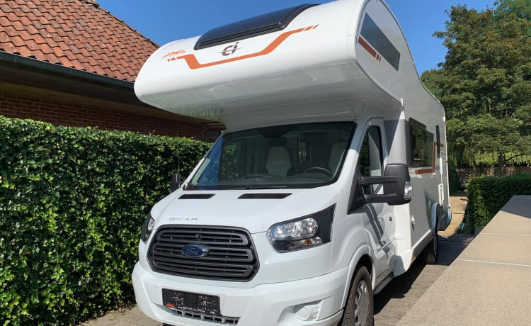 Ford Ci Horon 170PK, travel comfortably with this practical mobile home