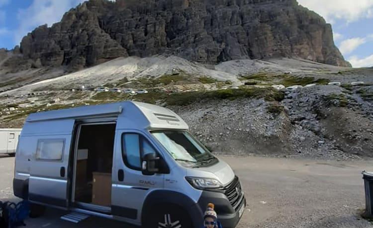 Dreamer – Dreamer Family Camper Van