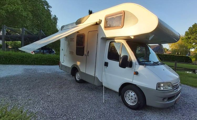 Praktische compacte (familie) camper