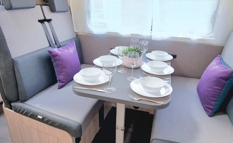 Sun Living  – Luxe 6 persoons camper