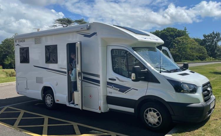 New 5 berth comfortable and spacious motorhome