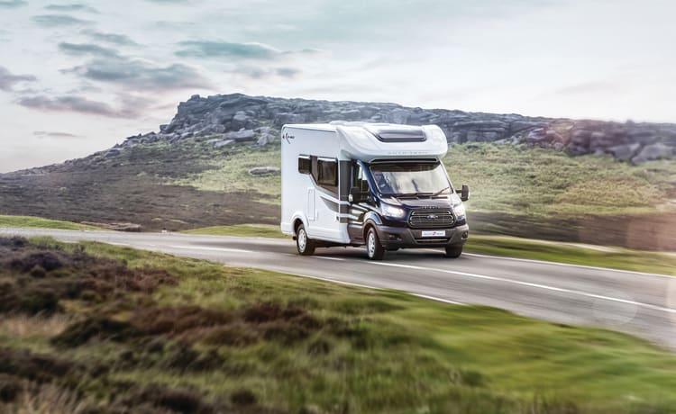 Autotrail F60 – Camper – 4 slaapplaatsen – Reizen 4