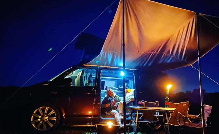 Bentley  – Prachtige Blackberry VW T6 Campervan