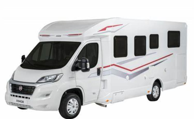 Rimor Seal 95+ 2020 I – Complete Luxury 5 pers. camper, pick up from 09.00 h possible