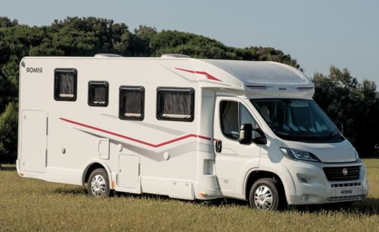 Rimor Seal 95+ 2020 II – Complete Luxury 5 pers. camper, pick up from 09.00 h possible