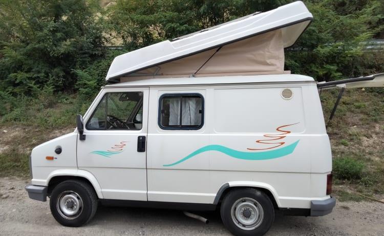 Furio – Puro Safariways Compact Camper 4 seats Vintage Van