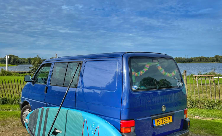 Vinny – SUPcamper incl. SUPboard | VW T4 2002