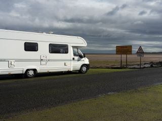 Spacious and cosy motorhome
