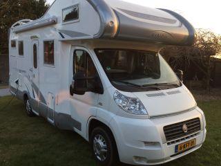 Zeer ruime luxe 6 persoons Camper