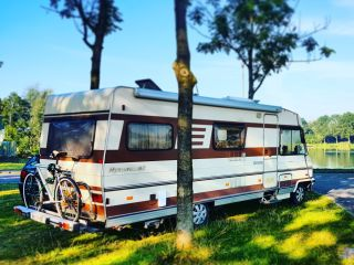 Waka Morearea – On adventure in 6 pers classic Hymer