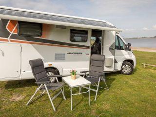 2) Luxe 2017-camper met vele extra's!
