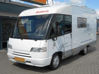 Globetrotter I5832 – in affitto bello e camper compatto