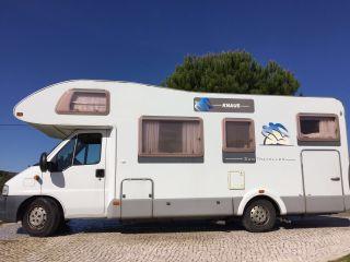 Knaus 700 DG met dwarsbed en XXL garage, ook te huur vanuit Portugal!