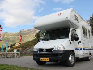 Zeer nette  6 pers Burstner familie camper inkl Airco cabine&camper