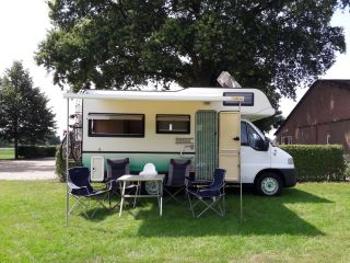 """Sminty Minty"" – October offer: fine / family-friendly Fiat camper + parking space"