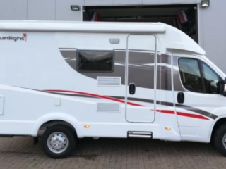 H- type – Very compact and luxurious camper with automatic satellite dish