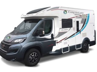 Perfect for couples 2-4 berth T-line 590