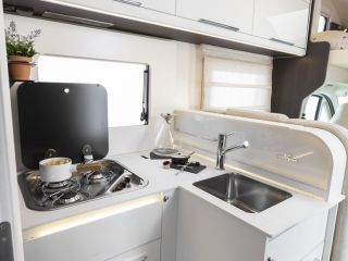 Roller Team Granduca 284 M – New, contemporary luxury mobile home
