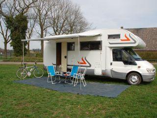 3 – 3 ford rimor 6 person camper