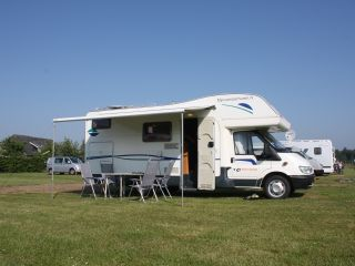 Lelie – 6 person camper with XXL garage - Spacious and fully equipped
