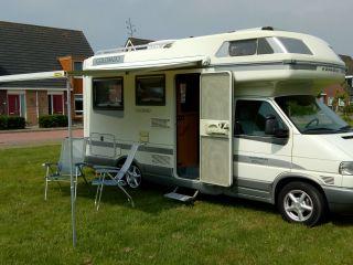 Zeer mooie en complete VW Karmann Colorado Edition familiecamper