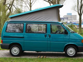Merry green camper van - Volkswagen California Coach
