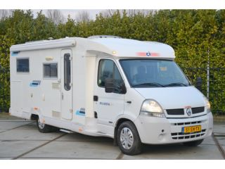 Comfortable camper for 4 people with 3 beds / BC3