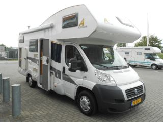 Spacious family-friendly 6 person camper - Fiat Ducato