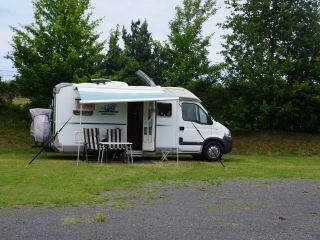 Mooie 2-persoons compacte, ruime camper