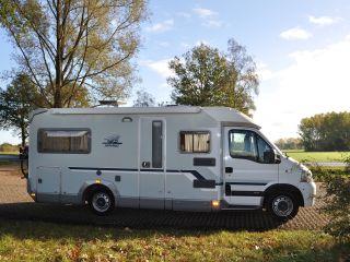 XXL bedden in Comfortabele Weinsberg camper