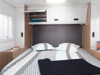 Luxury 5 Berth Motorhome (Newcastle)