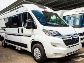 Adria Twin Axess 600 SPT Camper bus for up to 4 people in Valencia