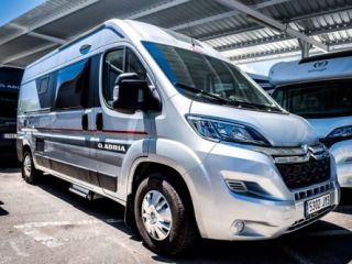 Buscamper 2 + 1P: Adria Twin 600 SPT Platinum Collection