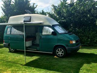 Volkswagen T4 Camper, met hoog vast dak (rechtop staan)