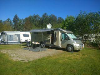 Comfortabele, ruime, complete en ruime camper