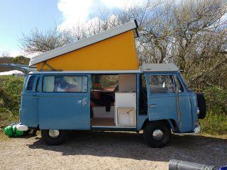 """Ollie – Volkswagen T2 bus """"Ollie"""""""