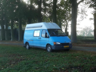 Nice complete retro Ford Transit buscamper with 2.5 diesel engine