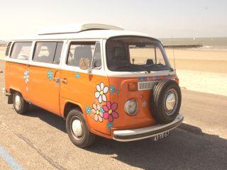 Bloemenbus – Klassieke Volkswagen T2 te huur! Voor de echte liefhebbers