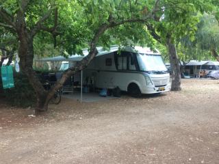 Luxus-Camper komplett ausgestattet