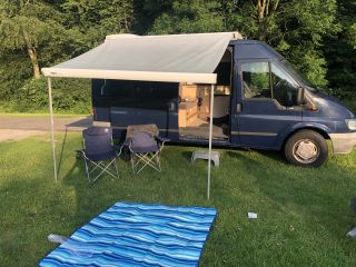 WRAPPING AND TRAVEL! SPACIOUS AND RELIABLE CAMPERBUS