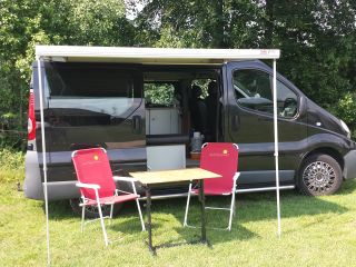 A comfortable and compact Renault Trafic.